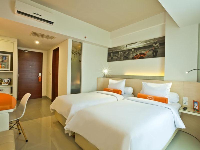 Harris Hotel Seminyak (22)