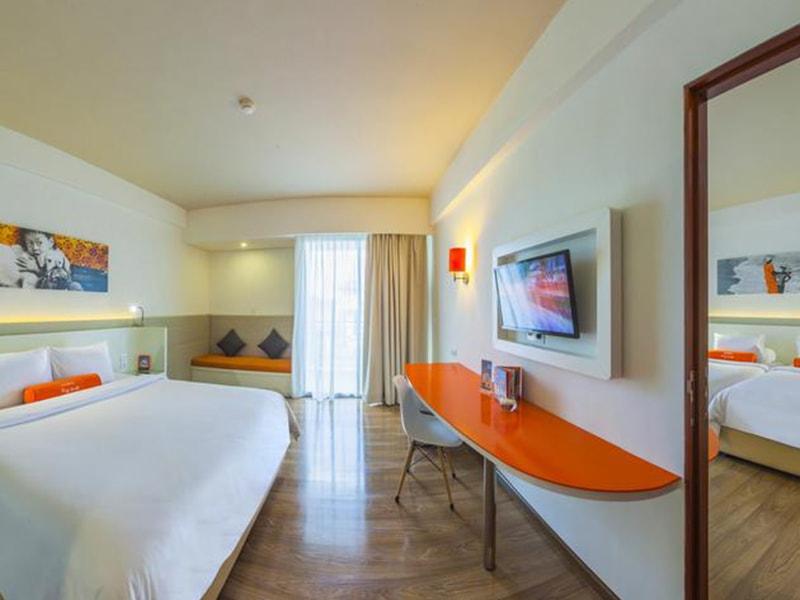 Harris Hotel Seminyak (4)