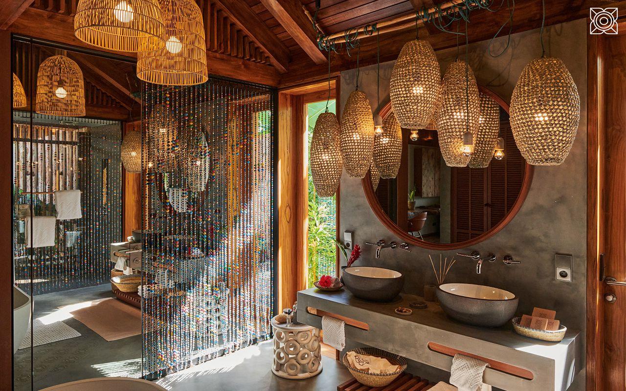 Ocean-Front Three Bedroom Luxury Villa (13)