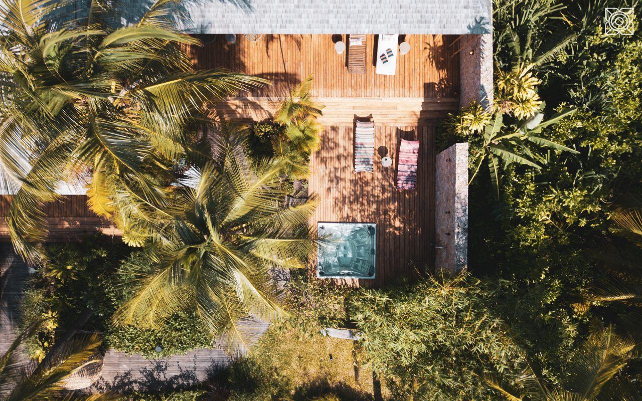 Ocean-Front Three Bedroom Luxury Villa (16)