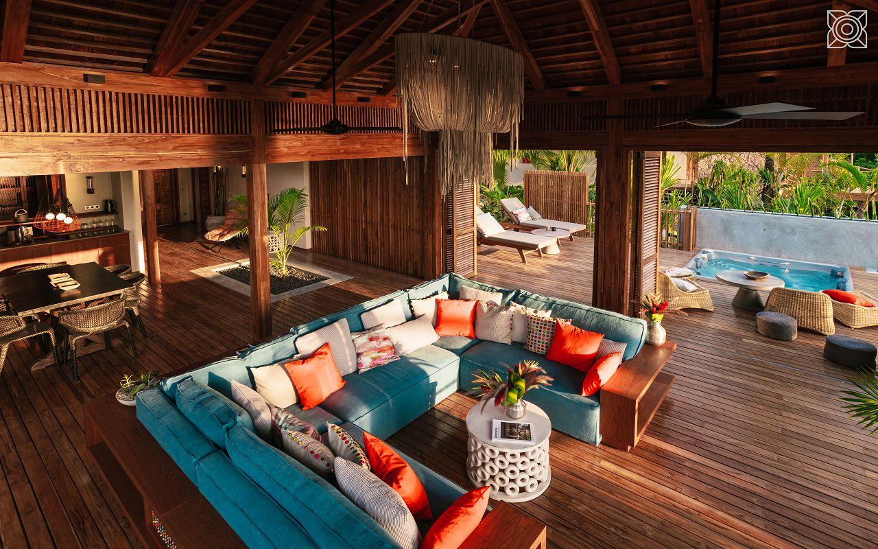Ocean-Front Two Bedroom Villa (2)