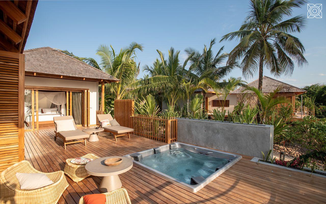 Ocean-Front Two Bedroom Villa (8)