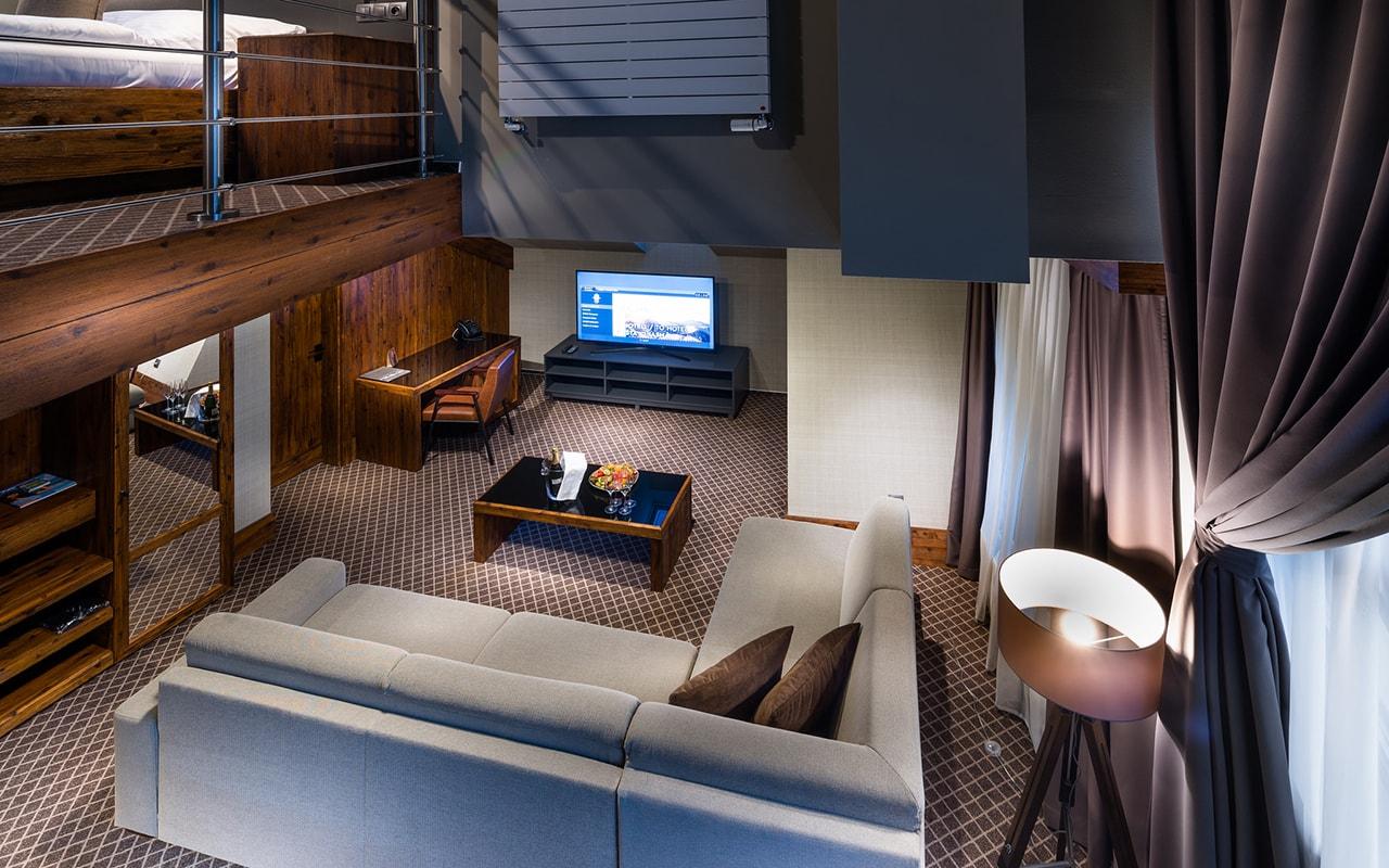 One Bedroom Suite (5)-min
