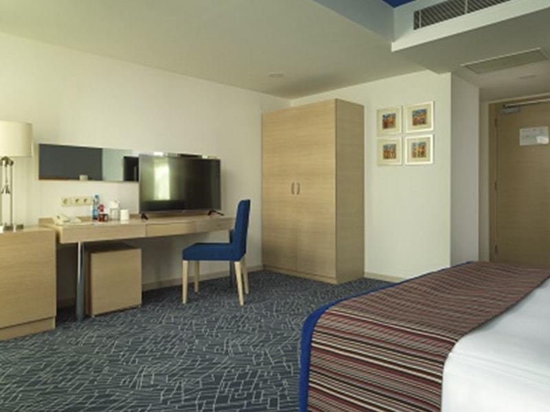 Park Inn By Radisson Hotel (6)