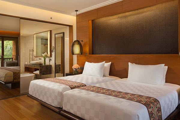 Premier Twin Room3