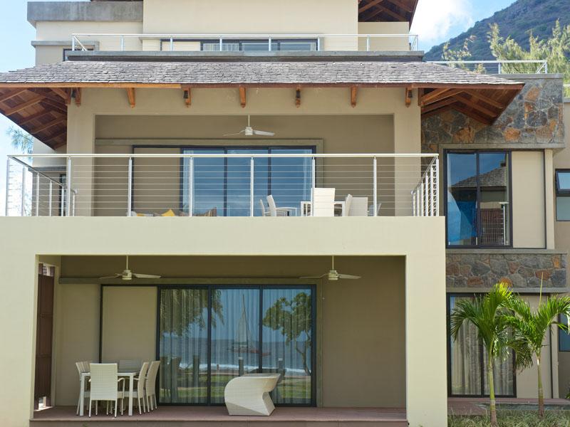Seaview apartment1