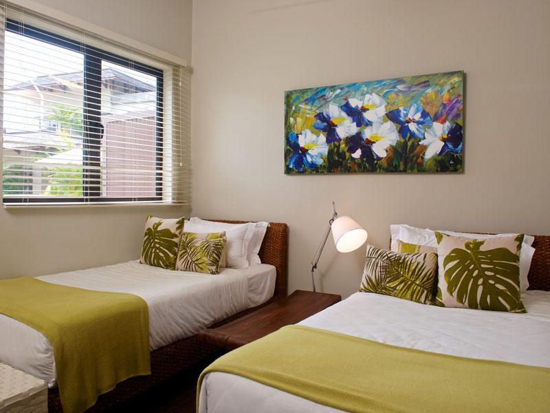 Seaview apartment5