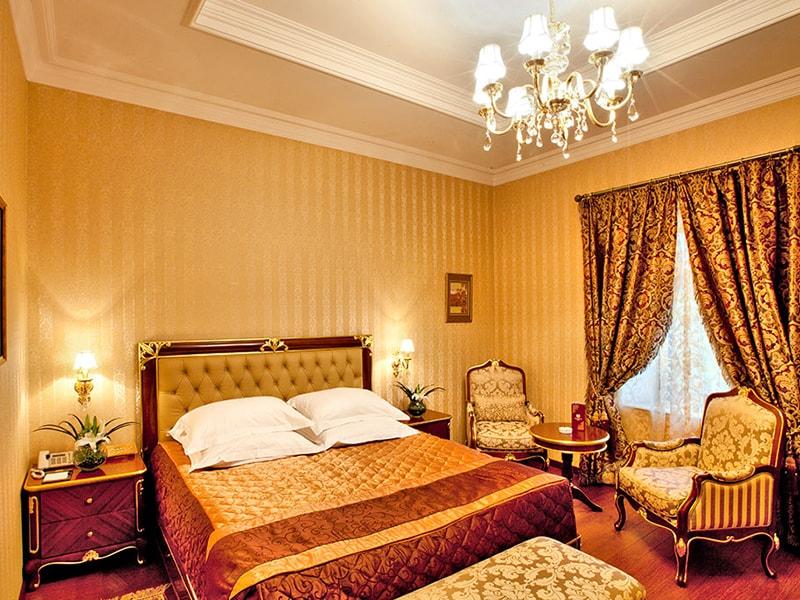 Shah Palace Hotel (2)