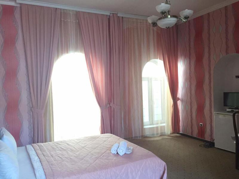 Standard Double Room3