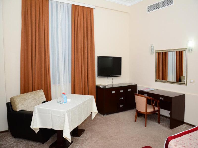 Standard Twin Room2