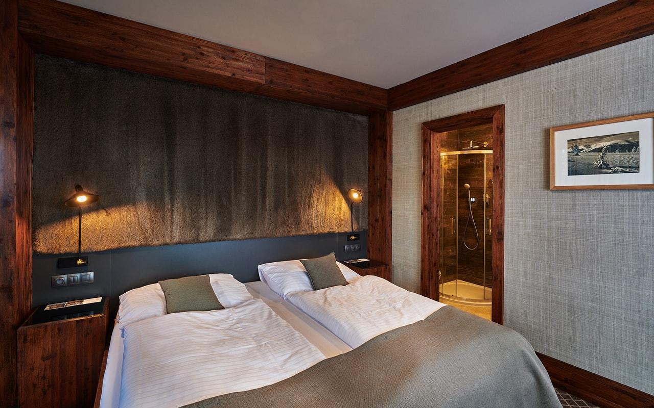 Two Bedroom Suite (7)-min