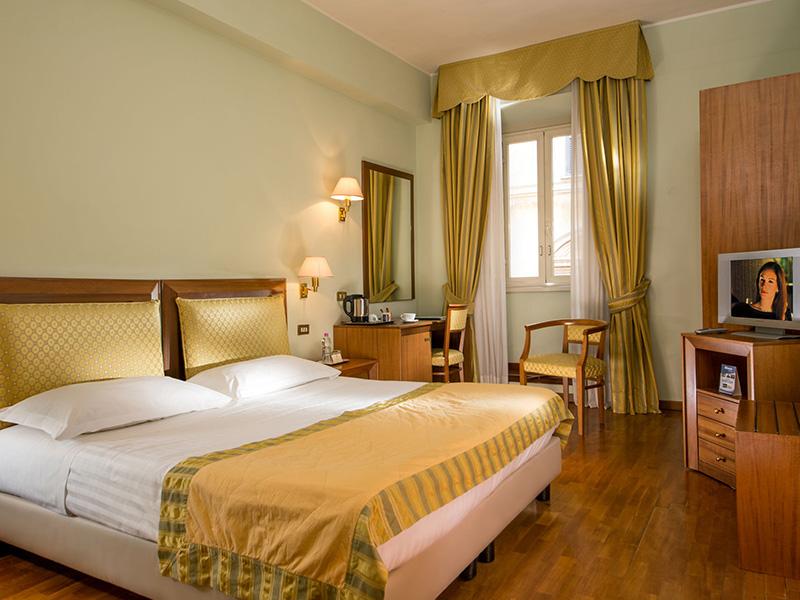 9-hotel-cesari-chambre-classique-01