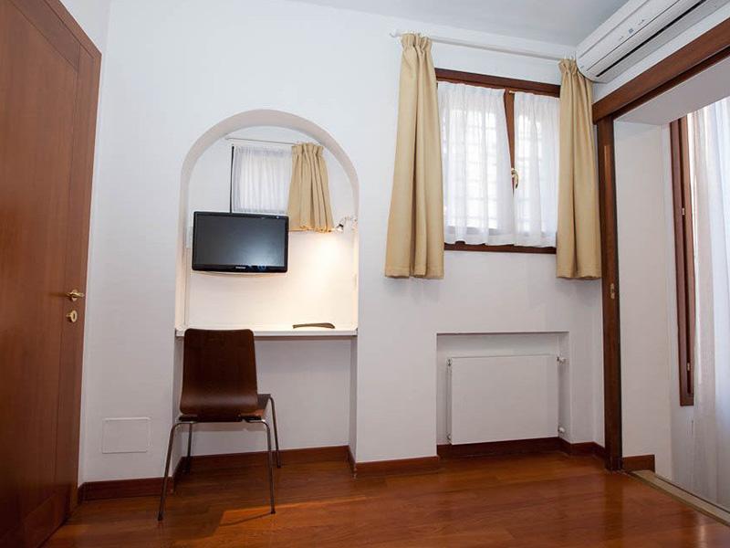 Apartment 1 Bedroom8