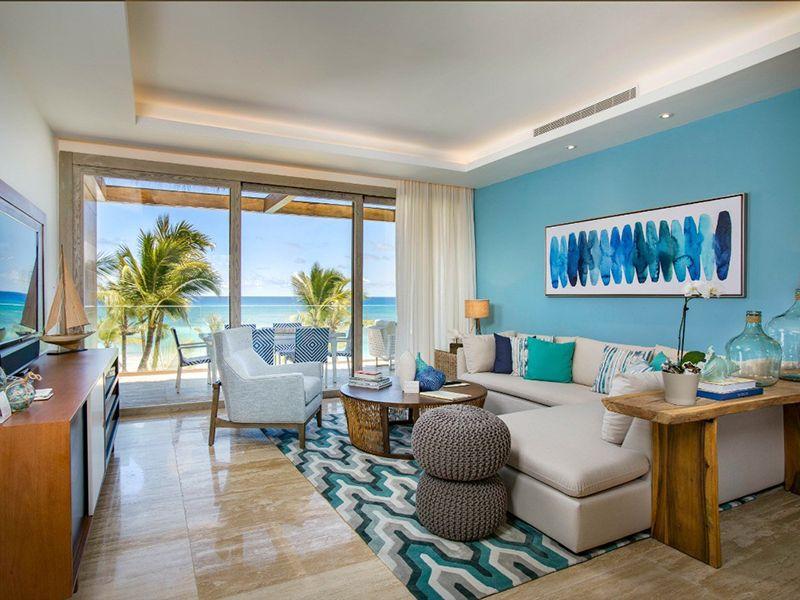 Beachfront One Bedroom Suites4