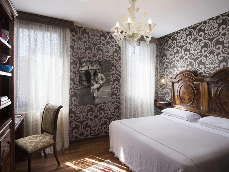 Camera Matrimoniale o Letti Separati con vista canale3