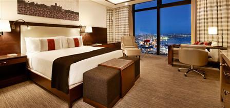 Fairmont Gold View Room