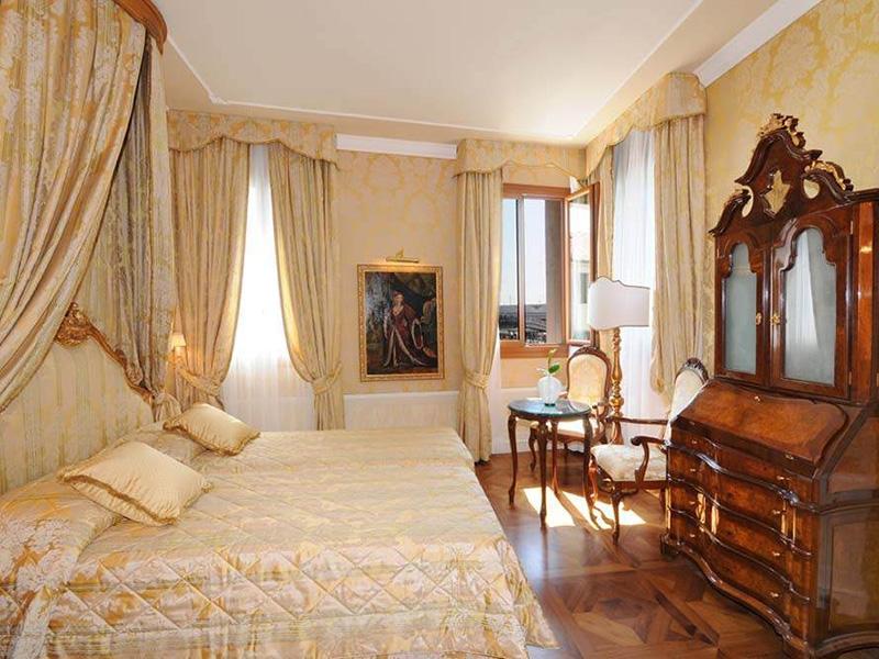 Gran Canal Prestige Double Room