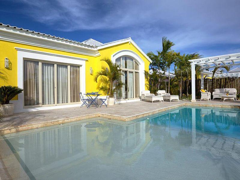 Luxury Pool Family Suites5