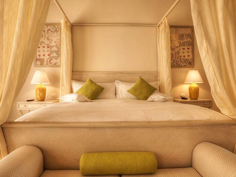 Luxury Pool One Bedroom Suites7