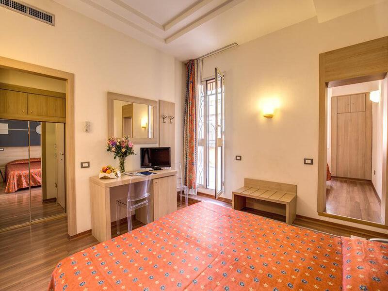 Luxury Quadruple Room2