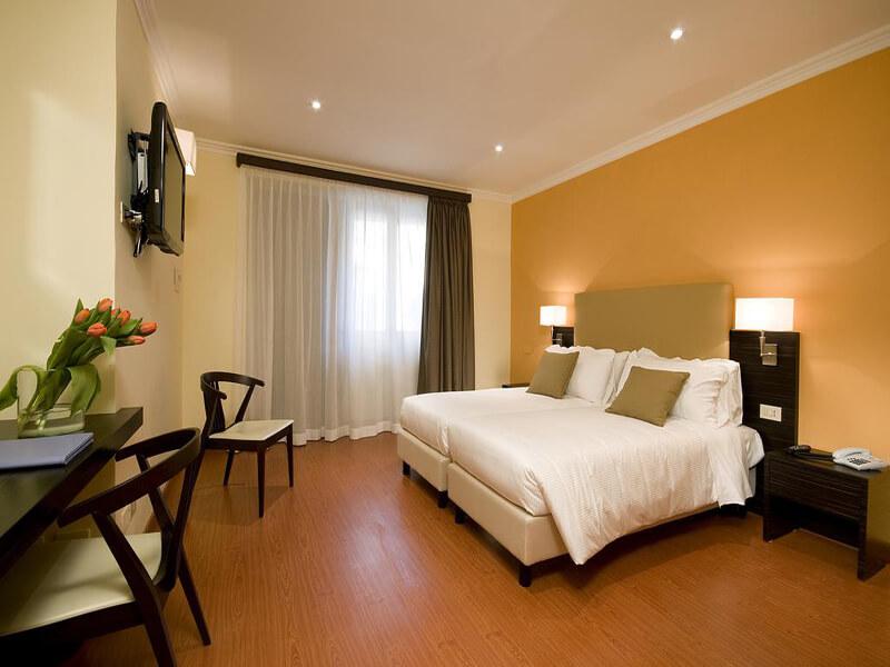 Quadruple Room1