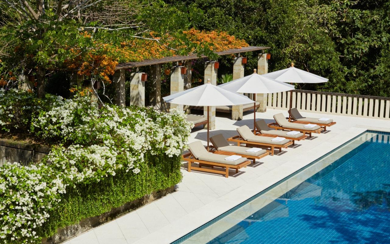 Six-Bedroom Villa-min
