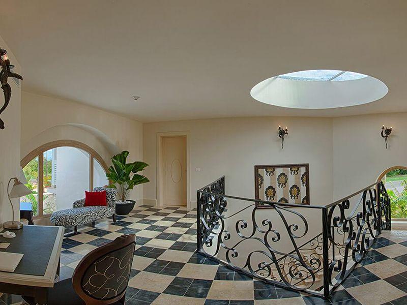 Three Bedroom Royale Villa14