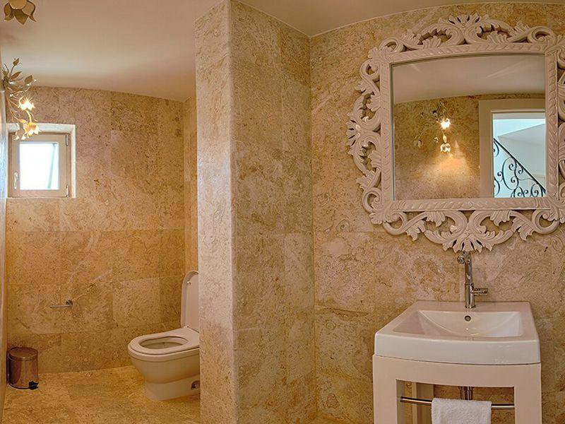 Three Bedroom Royale Villa16