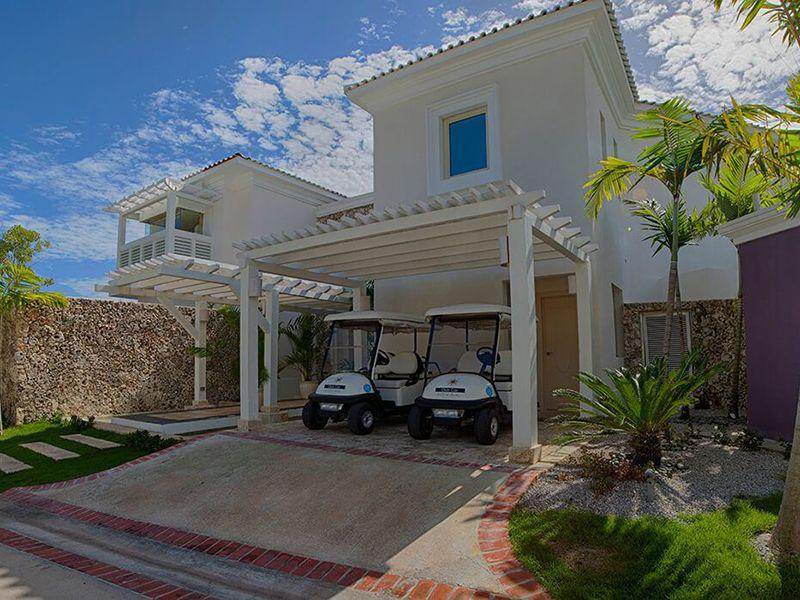 Three Bedroom Royale Villa4