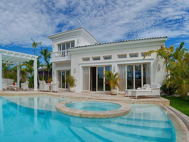 Three Bedroom Royale Villa5