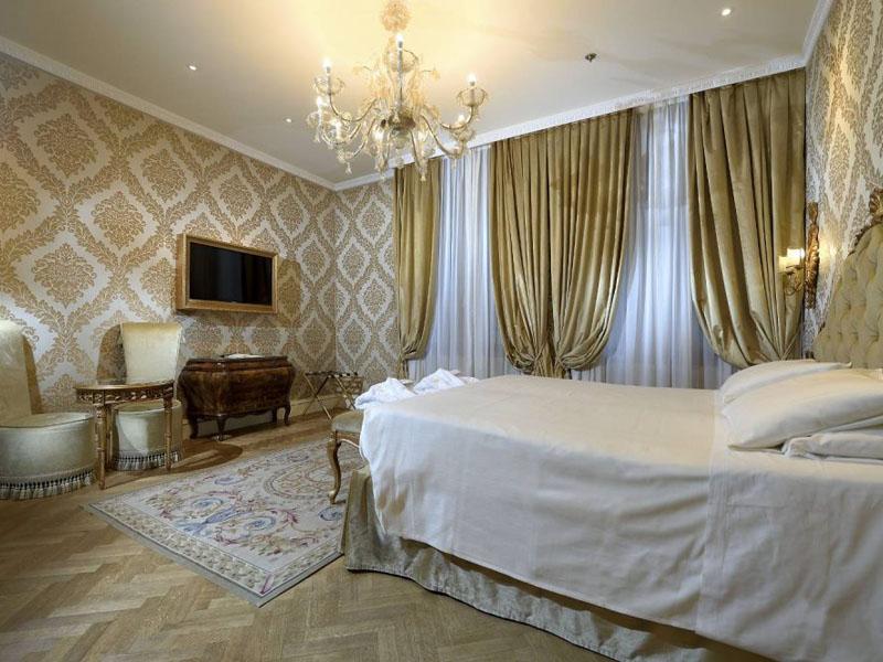 hotel_ai_reali_deluxe_room_gallery_05-1000x665