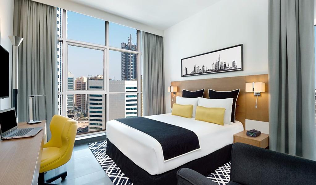 47488_guestroom_trypking_balcony