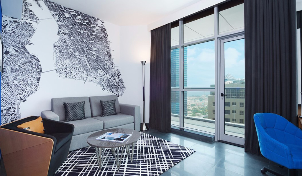 47488_guestroom_vyp_kingroom_livingroom