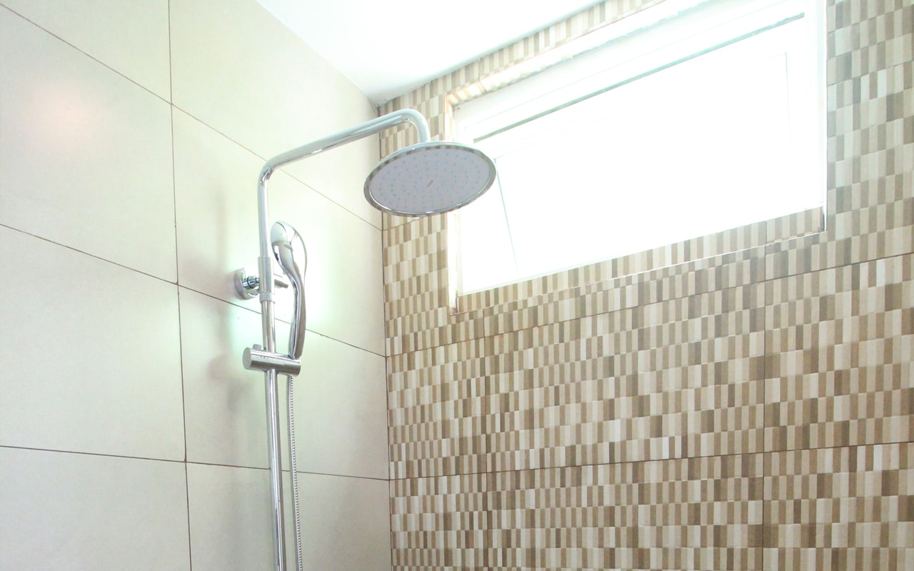 Bath1-min