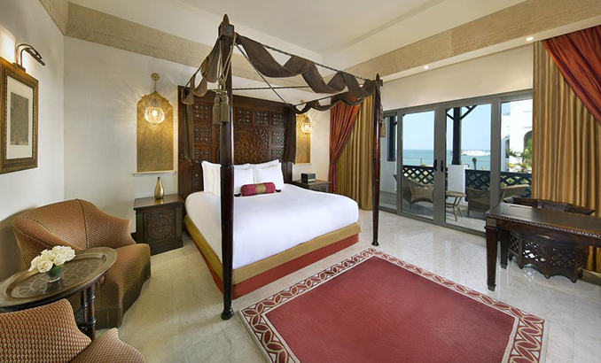 Deluxe Double or Twin Room with Pool View (2)