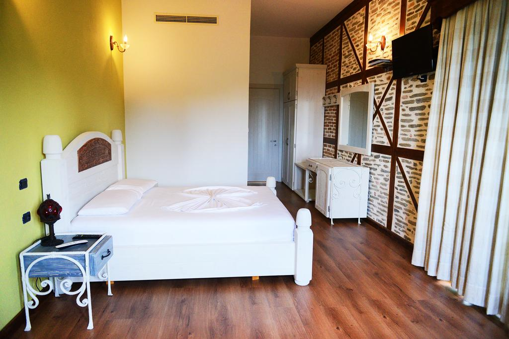 Double Room with Balcony and Sea View2