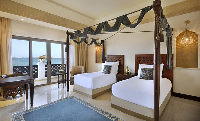 King or Twin Room with Sea View (3)