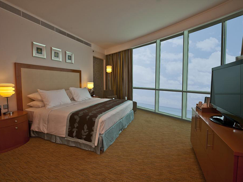 Panoramic Suite with Sea View and Executive Lounge Access (1)