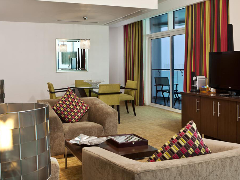 Panoramic Suite with Sea View and Executive Lounge Access (5)