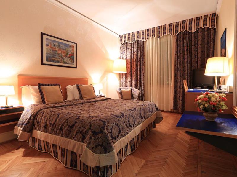 Standard Single Room1