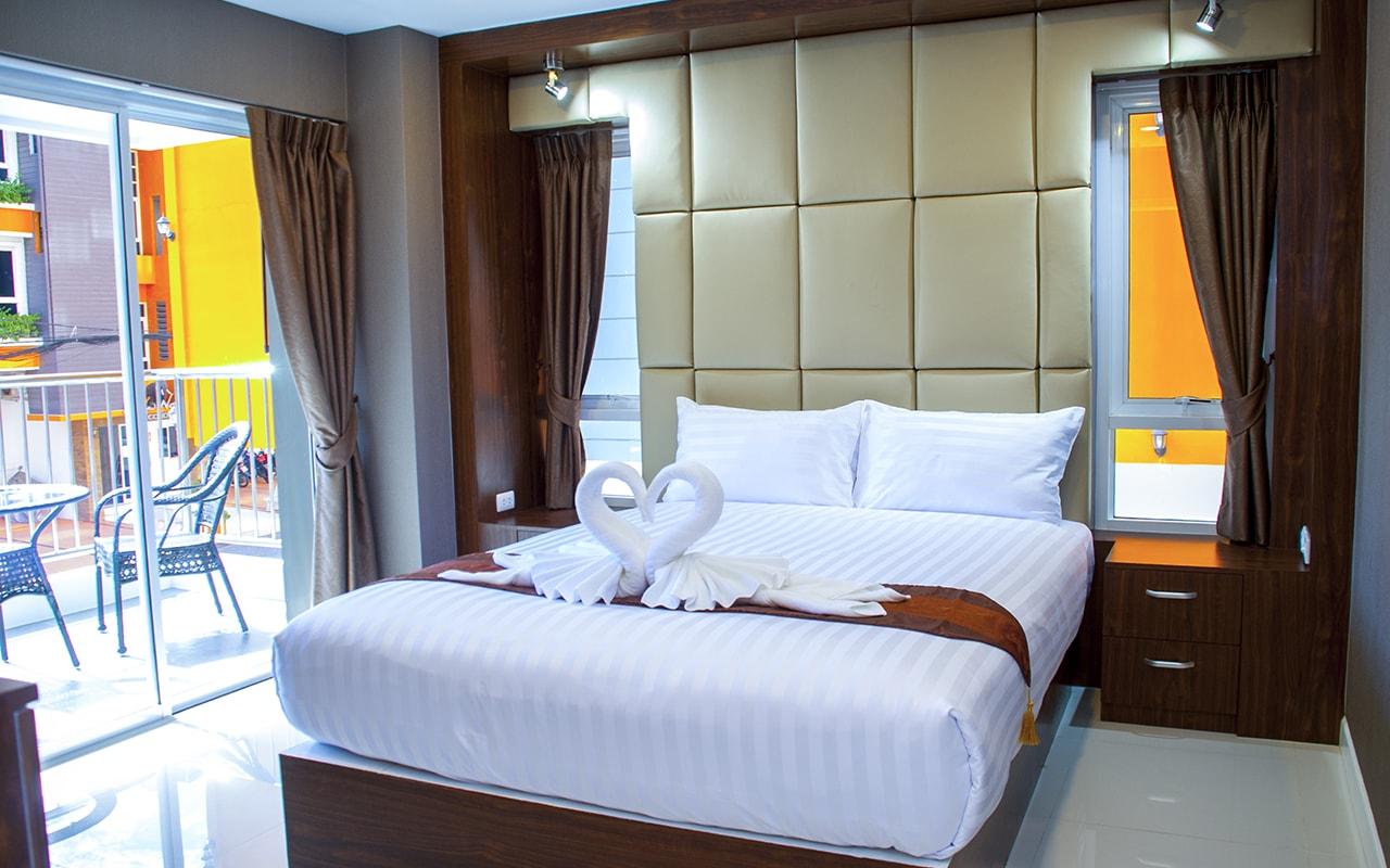 2 Bedrooms_13-min