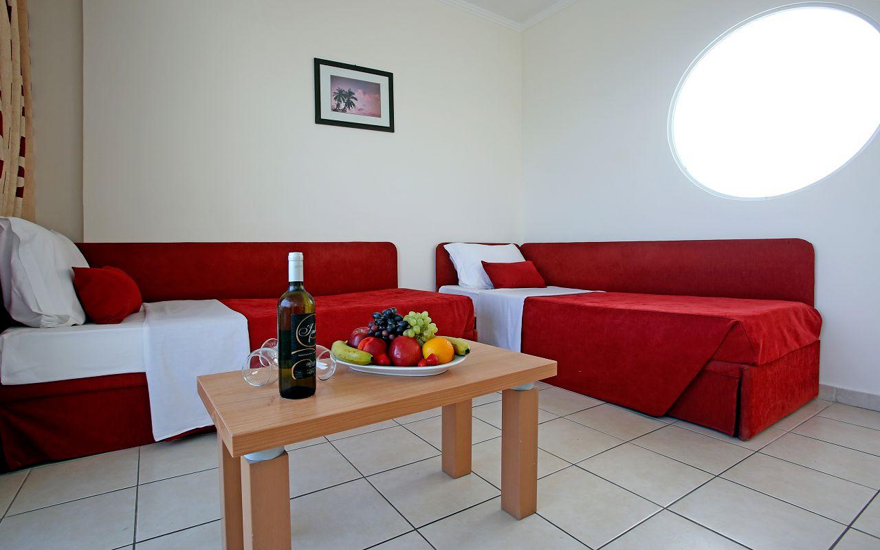 Family Room A (5)-min