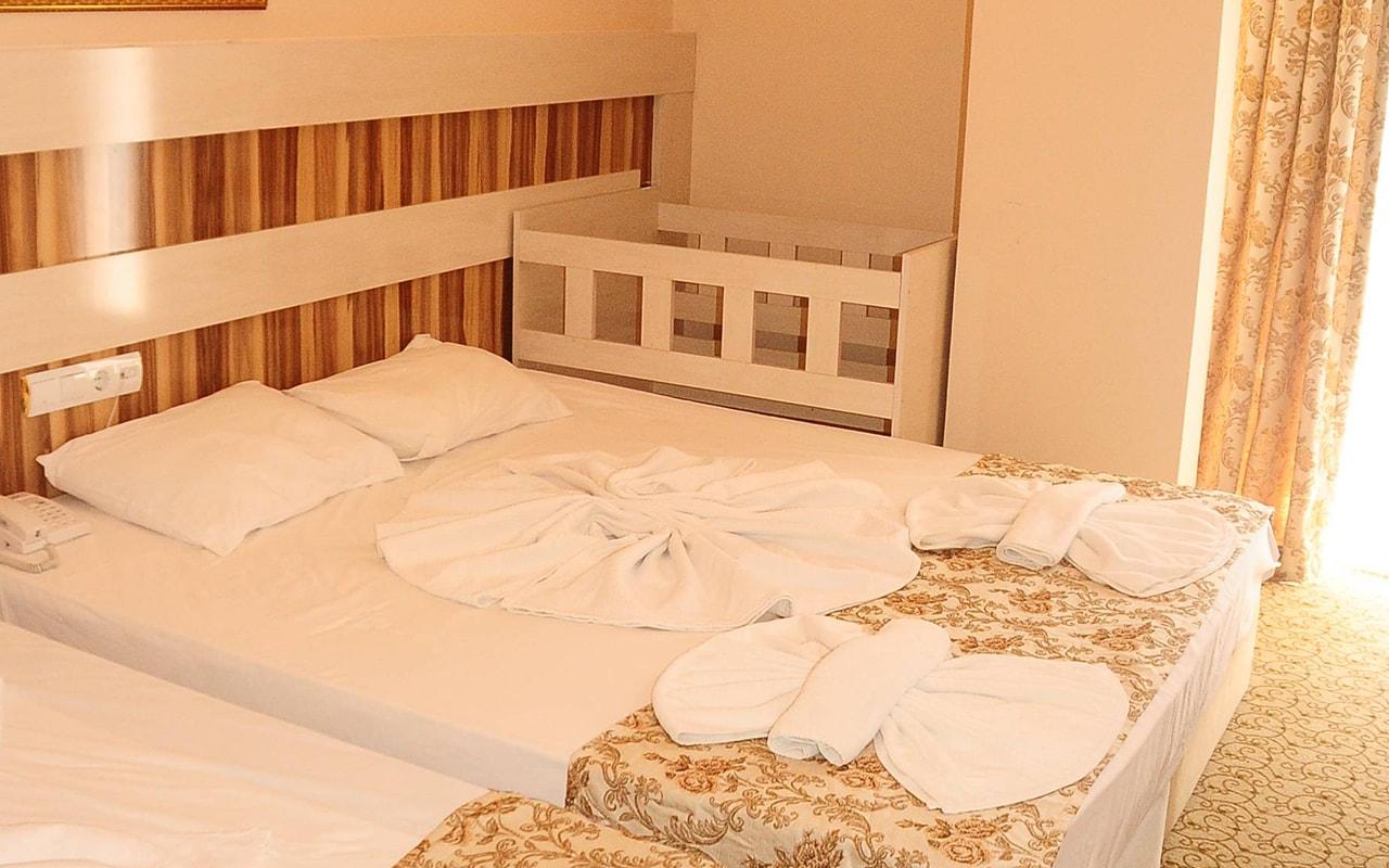 room4-min