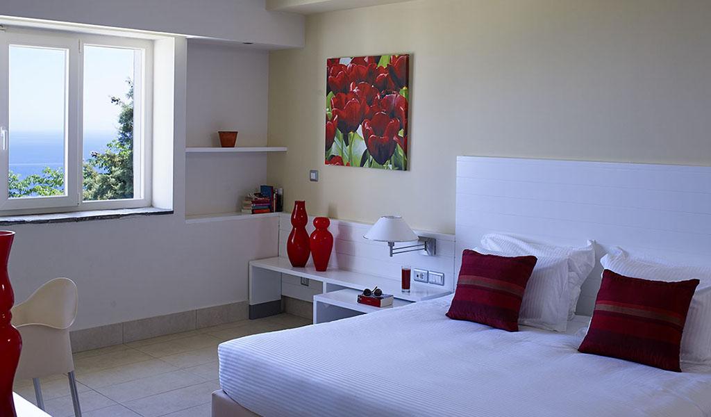 rooms_76949538_EsperosVillas256214V.Paterakis copy