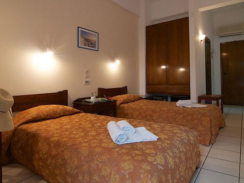 Blue Island Hotel10-min