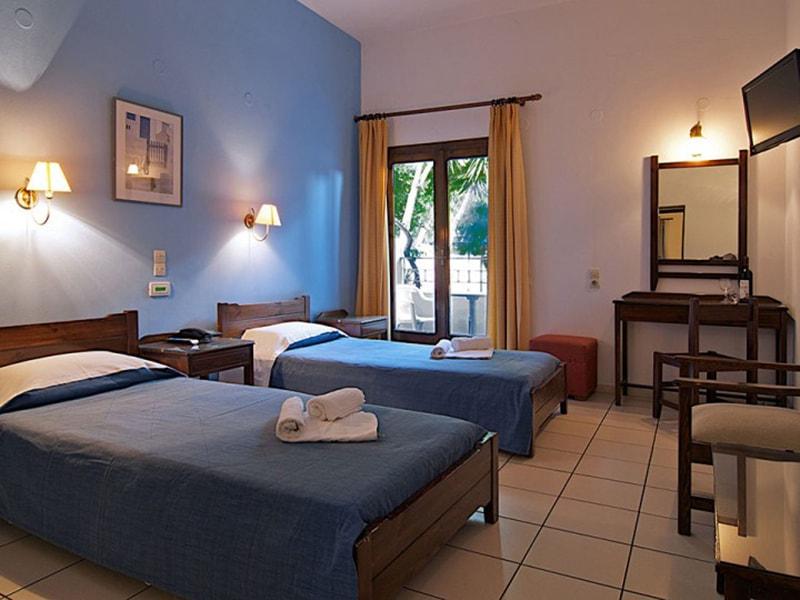 Blue Island Hotel11-min