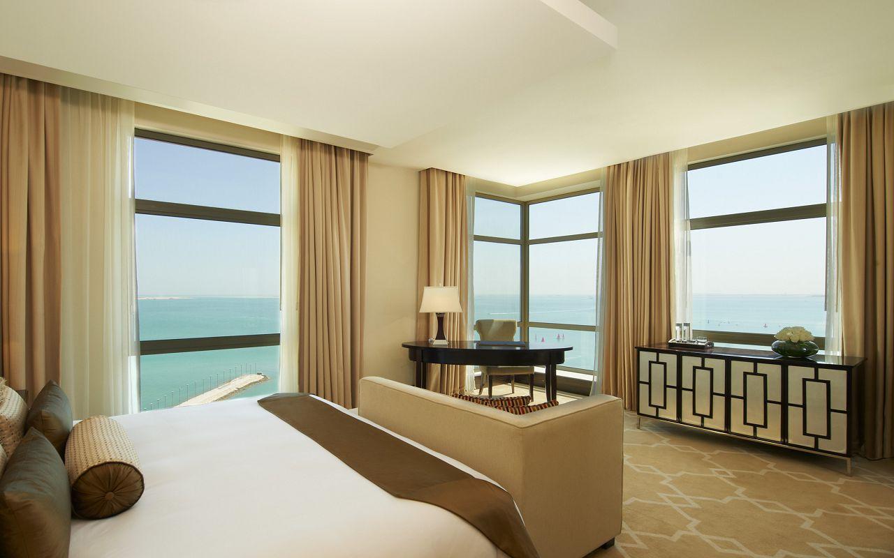 Empire Suite Bedroom 3-min