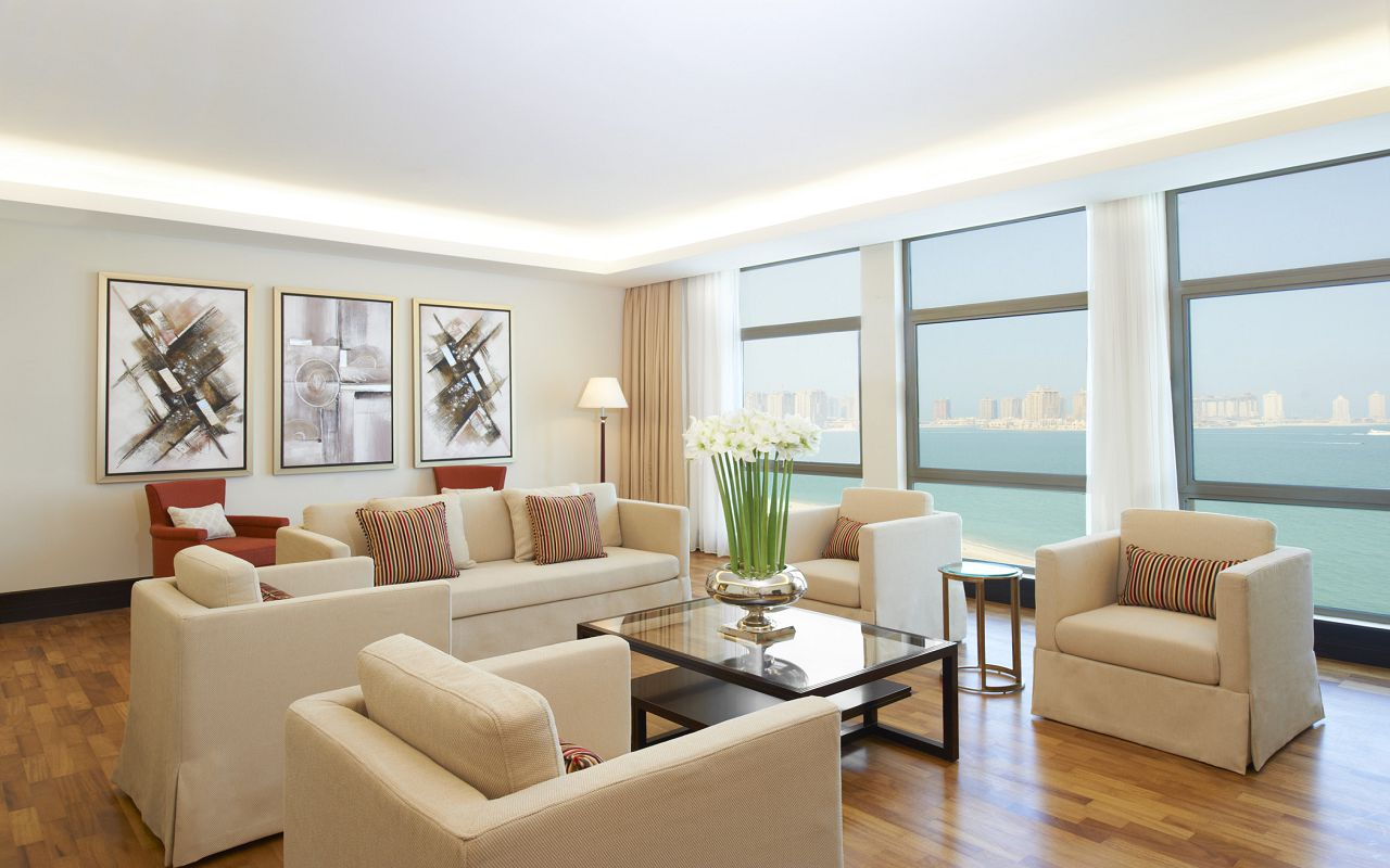 Empire Suite Master Room-min