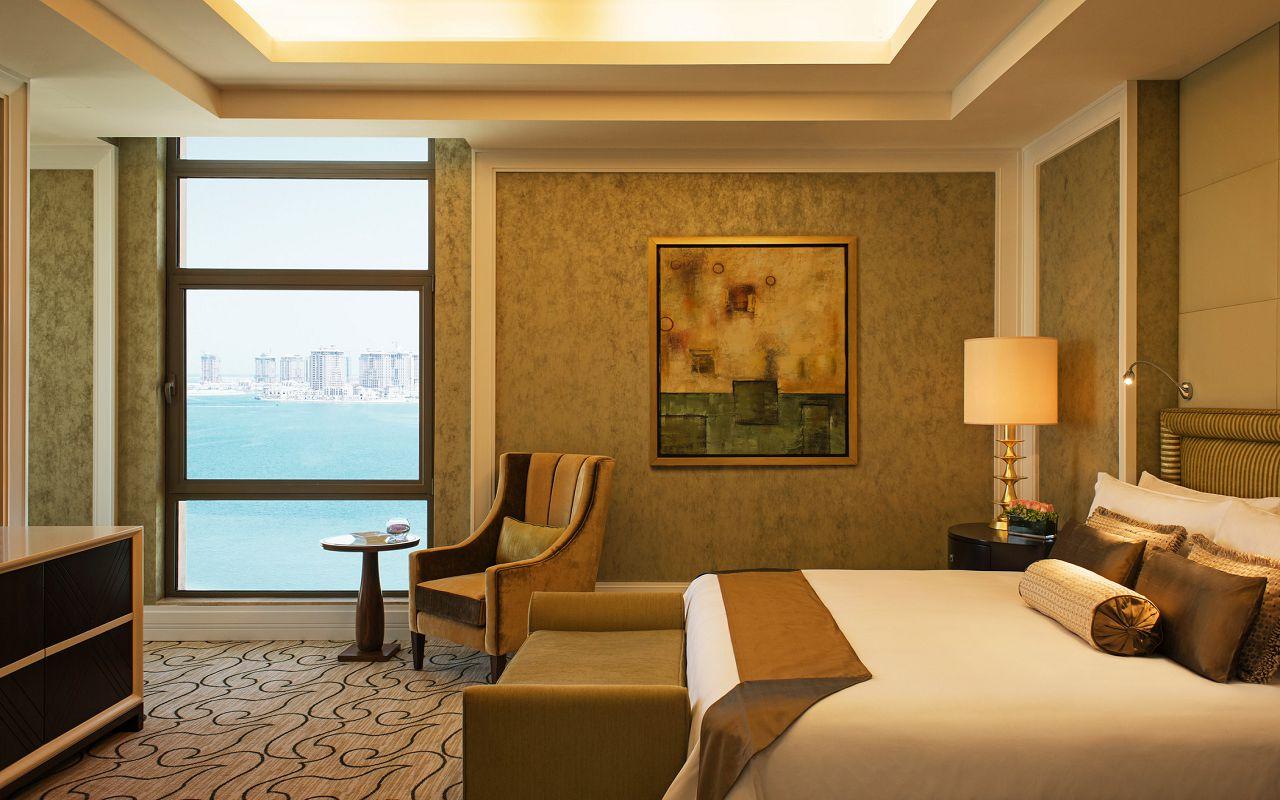 Presidential Suite Bedroom-min