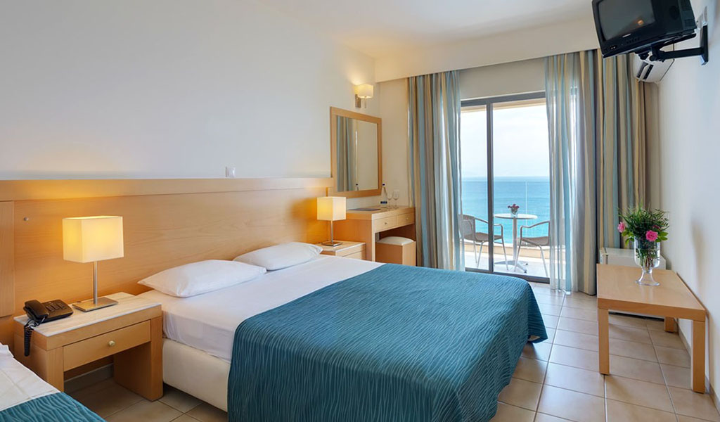 rooms_76948387_double_room_sv1
